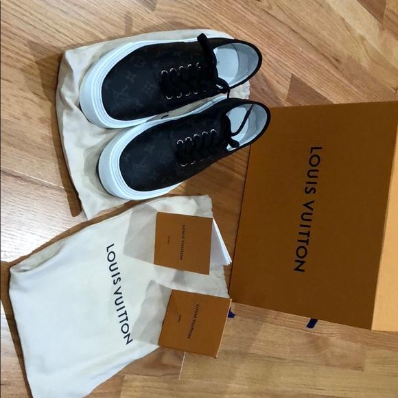 148d69b5 Louis Vuitton Men's sneakers US size 9, EU size 8 NWT